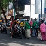 Cegah Penularan Covid-19, PPP Kota Probolinggo Bagikan Masker